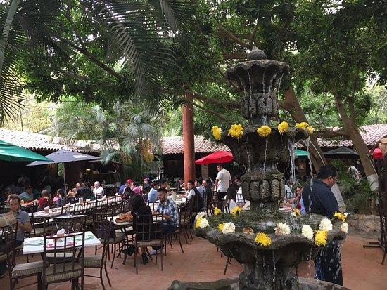 restaurantes-tlaquepaque-el-abajeno