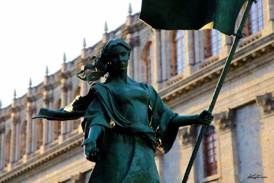 Fundadora una de las mujeres audaces audaz Beatriz Hernández homenaje fundación de Guadalajara año 1532